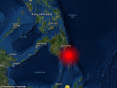 A tsunami warning has been issued for parts of the Philippines and Indonesia after a 7.2 magnitude earthquake.